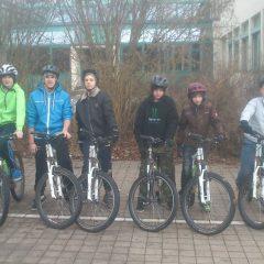 Die Bike-AG fürchtet weder Matsch noch Schnee